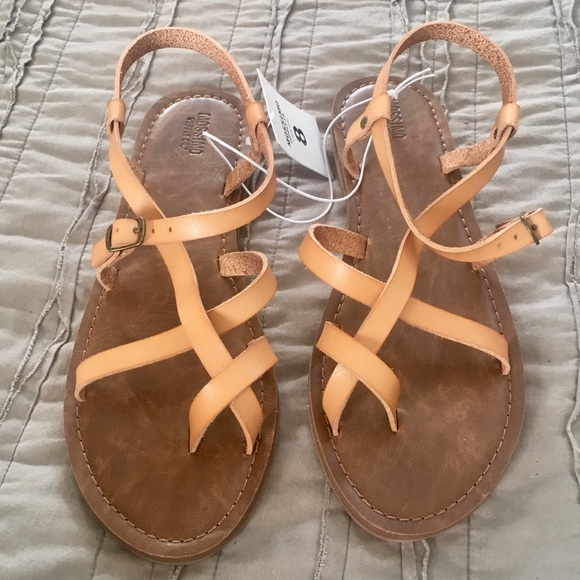 b0e1b64485bf NWT Mossimo Tan Lavinia Strappy Sandals. NWT. Mossimo Supply Co.